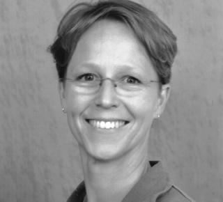Dr. Martine Knoop